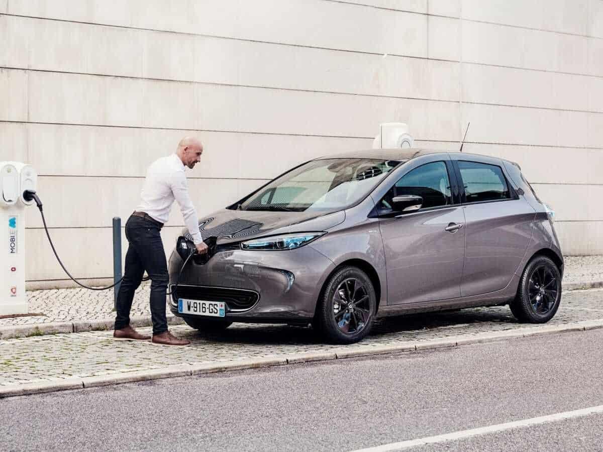 Acheter une voiture électrique en 2021: ce qu'il faut savoir